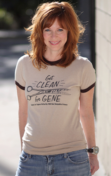 Eugene McCarthy 'Get Clean for Gene' 1968 Presidential Campaign T-Shirt - Womens